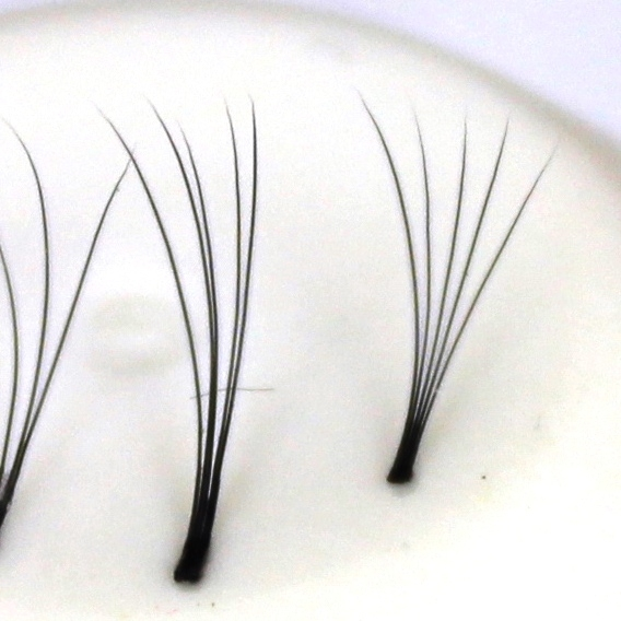 120 Flare Lashes 5D, ultra-light, knot-free | 0.07 mm thick | length 7 mm | D-Curl