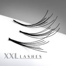 200 Flare Lashes with knot in affordable refill bags in the lengths 6-15 mm