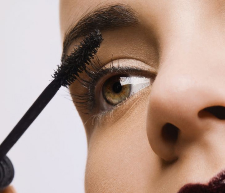 Promotion: Mascara suitable for Eyelash Extensions - oilfree
