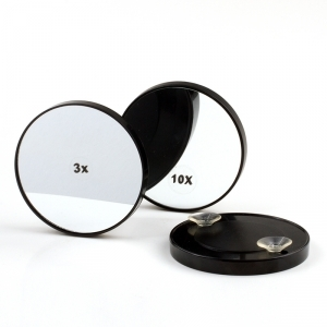 Magnifying make-up mirror with suction pads, 3 times magnification